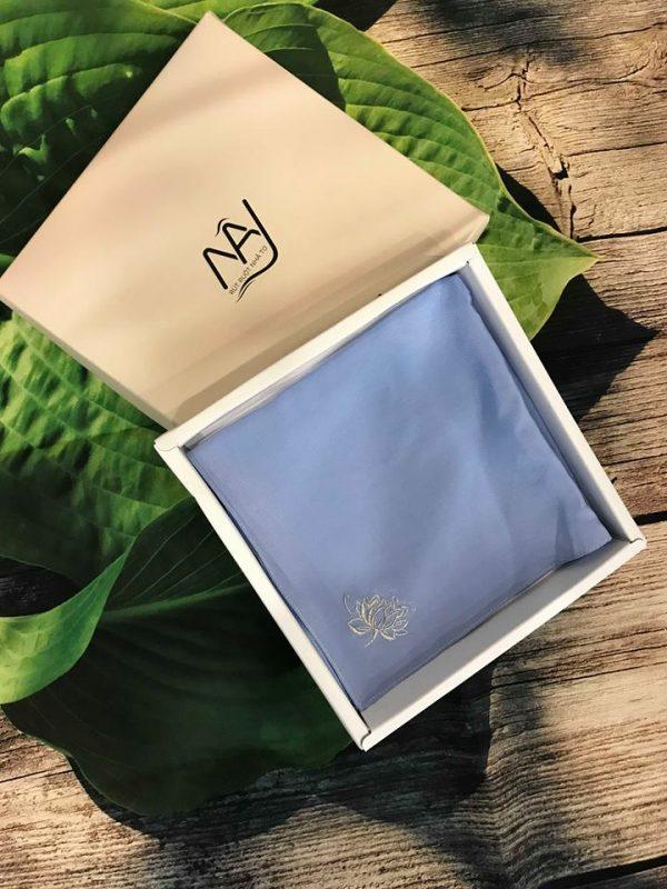 khăn mùi xoa thêu tay họa tiết hoa sen màu xanh ngọc