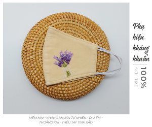 khẩu trang thêu tay lavender màu be 3