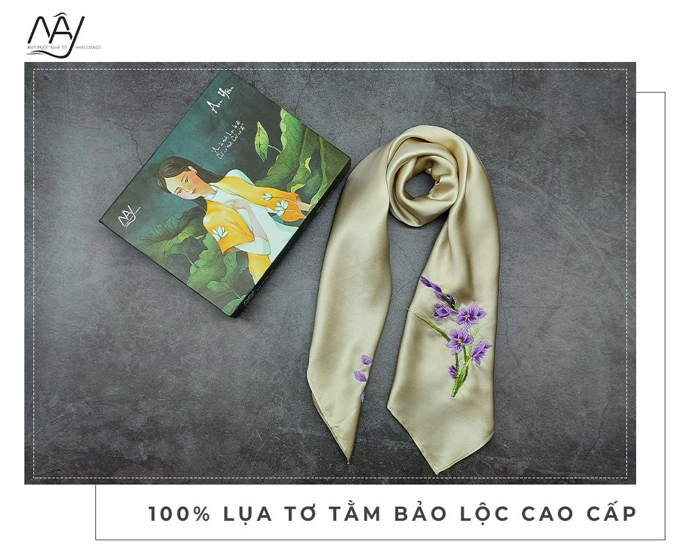 khăn lụa thêu tay hoa lan tím màu be 1
