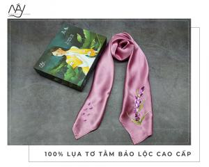 khăn lụa thêu tay lavender màu hồng tím 1