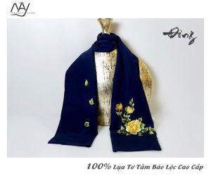 khăn lụa tơ tằm thêu tay hoa mẫu đơn màu navy 3
