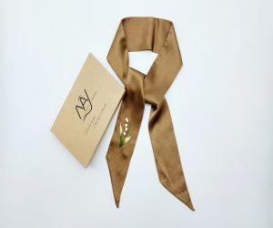 khăn lụa tơ tằm thêu tay hoa linh lan màu nâu 3