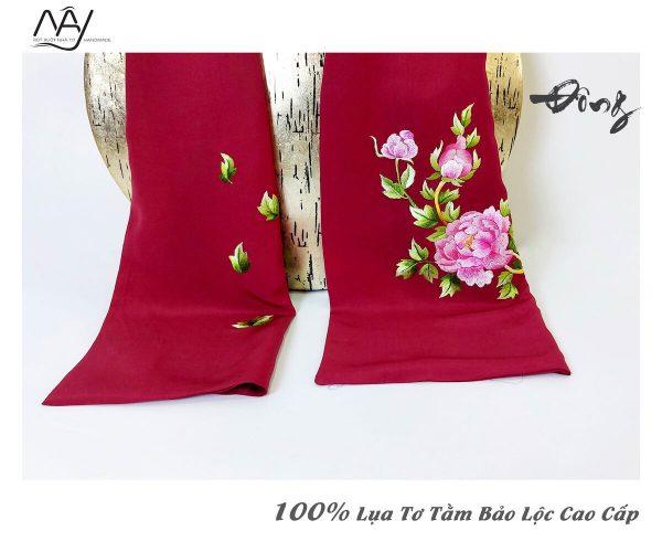 quà tặng đối tác nước ngoài khăn thêu hoa mẫu đơn màu đỏ 3