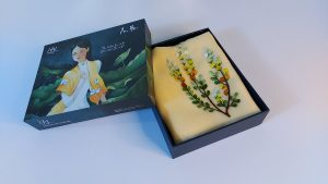 khăn lụa thêu tay mimosa vàng 2