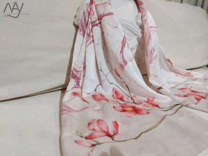 khăn lụa tơ tằm vẽ tay hoa mộc lan 4-1